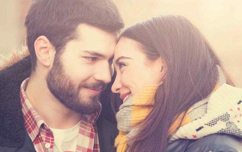 Señales verbales de que le gustas a un hombre